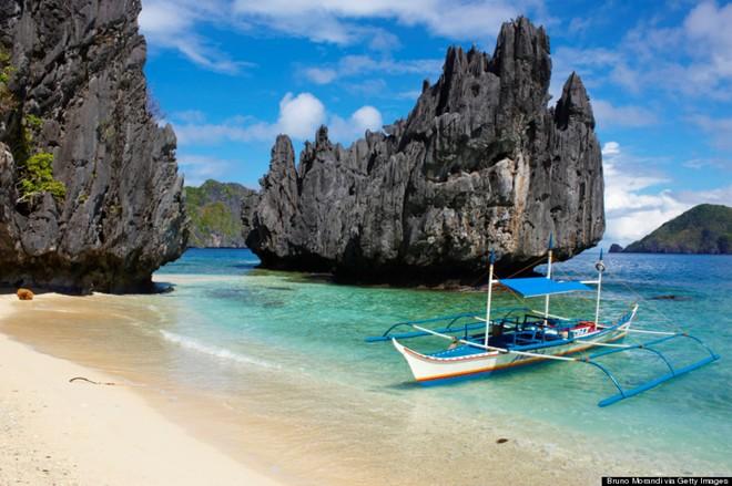 Bãi biển xinh đẹp tại Palawan