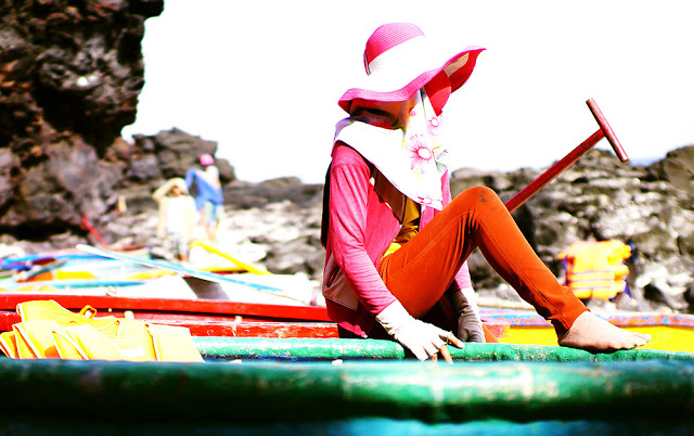 Đi thuyền thúng ngắm san hô ở đảo Bé Lý Sơn