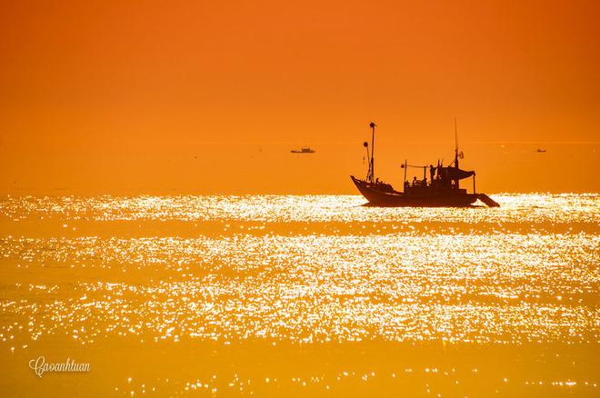 Ráng chiều trên biển Cô Tô