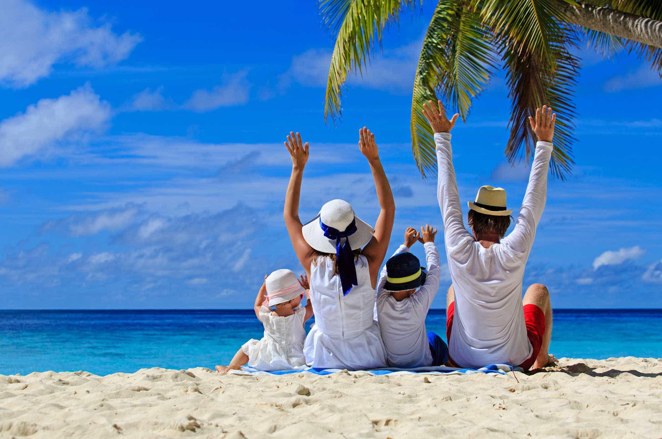 Bỏ túi những kinh nghiệm hữu ích khi đi du lịch biển