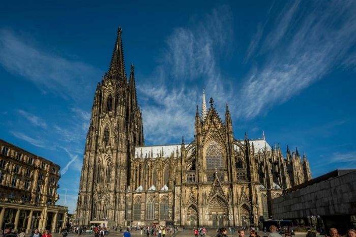 Nhà thờ Dom trung tâm Cologne